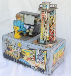 VINTAGE RARE MADE IN JAPAN TIN METAL JUPITER SPACE STATION BATTERY OPERATED