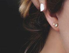 No Piercing Cartilage Ear Cuff Snake/piercing imitation/fake faux piercing/ear jacket manchette/ohrklemme ohrclip/conch cuff/false pierce - Custom Jewelry Ideas Ear Piercing For Women, Double Ear Piercings, Cute Ear Piercings, Piercing Daith, Piercing Chart, Ruby Earrings, Crystal Earrings, Statement Earrings, Diamond Earrings