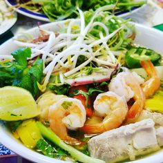 Mi Quang Nam Vang (Pork Seafood Clear Noodle Soup) a popular street food in Vietnam. The broth has to be clear, rich and tasty. #vietnamese #dish #miquangnamvang #pork #bones #dried #squids #shrimps #crab #quaileggs #momcooking #bemaifoodie