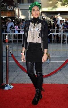 #hijabigal Yuna Zarai on the red carpet - looking chic as always!