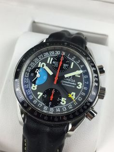 Catawiki online auction house: Omega — Speedmaster Day-Date Chronograph automatic — 3820 — Men's — 1990-1999