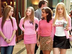 In EW gathered 'Mean Girls' writer Tina Fey, and stars Lindsay Lohan, Rachel McAdams, Amanda Seyfried, and Lacey Chabert to get all the scoop on the hit movie. Mean Girls Costume, Mean Girls Outfits, Girl Costumes, Teen Movies, Iconic Movies, Imdb Movies, Gabriela Montez, Mean Girls Meme, Reality Shows