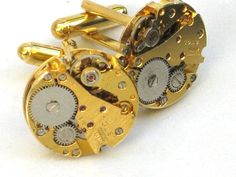 Steampunk Prince- WATCH MOVEMENT CUFFLINKS - Tons of Cogs and Wheels - Gold Toned - Vintage Neo Victorian - GlazedBlackCherry