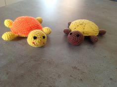 mini schildpadjes gehaakt door Marianne patroon van Juffrouw Hutsekluts