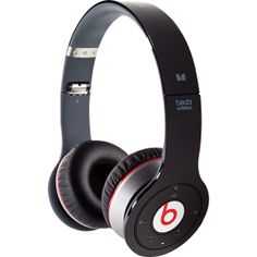 Beats by dre, WIRELESS! Bigger than the solos and smaller than studios. I love these Bluetooth heaphobes
