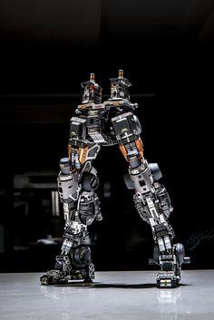 愼 ☼ ριητεrεsτ policies respected.( *`ω´) If you don't like what you see❤, please be kind and just move along. Arte Robot, Robot Art, Robot Concept Art, Armor Concept, Human Anatomy Art, Big Robots, Zeta Gundam, Gundam Custom Build, Gunpla Custom