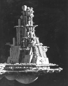 Inside the alien production - part 4 — Gavin Rothery Spaceship Design, Spaceship Concept, Spaceship 2, Nostromo Alien, Giger Alien, Alien 1979, Alien Ship, Sci Fi Models, Alien Concept Art