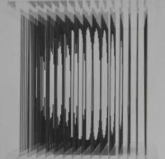 """Sculpture optique. Plexiglas, Corde à piano.  Auteur : Laurent DEBRAUX, Octobre 2010. Réalisation et montage vidéo : Guillaume TAVERNE. Musique : Jun Miyake, """"Kagome Dream"""". Réalisation : Jean-Paul FACHE.  www.laurentdebraux.com"""