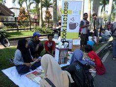 Kisah Sekelompok Pemuda Turun Tangan Membangun Literasi di Malang