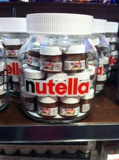 Here you can see the pregnant Nutella with her babys