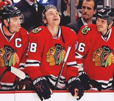 It's still weird that Kaner no longer uses a mouth gaurd. No more classic Kaner looks chewing on it.