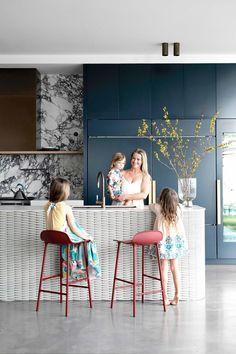 Brown Leather Chairs, Brisbane, Sydney, Herringbone Tile, Lakefront Homes, Queenslander, Contemporary Kitchen Design, Australian Homes, Big Houses