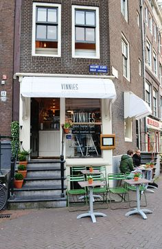 Vinnies Deli in Amsterdam. I want to try it soon. Menu offers organic and vegetarian food.