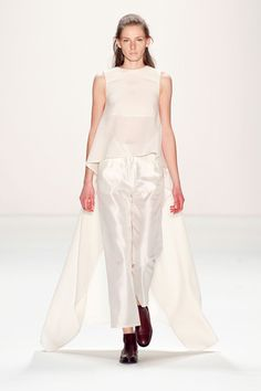 Perret Schaad Fall 2013 Ready-to-Wear Collection Slideshow on Style.com