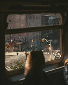 Cinematic Photography, Film Photography, Street Photography, Aesthetic Photo, Aesthetic Pictures, Aesthetic Collage, Williamsburg Bridge, Train Rides, The Dreamers