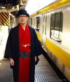 総武線と、赤い着物男。の画像 | 伊藤竜太の着物生活