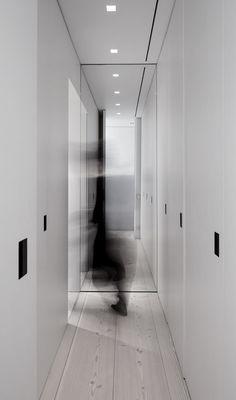 Francesc Rifé | BG Apartment | © Fernando Alda (cropped + altered color)