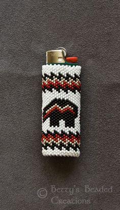 peyote stitch us army Peyote Patterns, Loom Patterns, Beading Patterns, Native Beadwork, Native American Beadwork, Beaded Flowers Patterns, Native American Patterns, Lighter Case, Brick Stitch Earrings