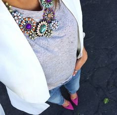 Jeans, grey t, white jacket and purple heels to match that lovely statement necklace. Love