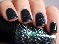 #CultNails I Got Distracted from The Polish Well - the star of Coco's Untamed collection. Dark green jelly packed with glitter. I *NEED* this polish!! #JointheCult