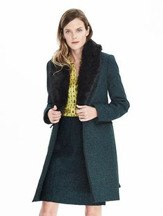 Love this green wool coat with a removable faux fur collar! / Banana Republic