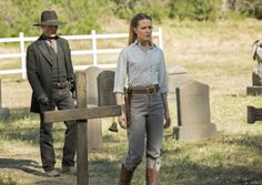 """Arnold died before the Westworld park even opened, but before he did, he created a maze for Dolores. As he explained to her in a flashback during the season finale, """"The Bicameral Mind,"""" Arnold wanted Dolores to find the center of the maze on… Westworld Finale, Westworld Season 1, Westworld 2016, Westworld Hbo, William Westworld, Westworld Costume, Dolores Westworld, Science Fiction, Dolores Abernathy"""