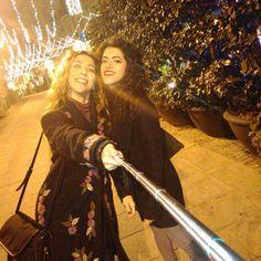 "「 ""Il bastone non deve uscire!"" Bel tentativo  #selfiestickproblems #selfie #selfiestick #selfienation #friends #friendship #casteddu #Cagliari #viasulis… 」"