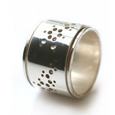 Spinner ring - Emily Alice Jewelry| Molecule Jewelry