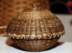 Native American art: Iroquois sweetgrass basket and lid