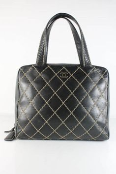 423e30e59d66 CHANEL TOTE  Michelle Flynn Flynn Coleman-Hers Chanel Shopping Tote