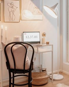 Wish you happy relaxing evening! Beautiful Lakki design floor lamp by in a cosy workspace from Tag your friends who are looking for workstation inspiration. Scandinavian Floor Lamps, Scandinavian Bedroom, Traditional Lamps, Modern Traditional, Eclectic Modern, Bedroom Lamps, Home Lighting, Pendant Lamp, Cosy