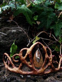 ☆ Handmade Crown :¦: Artist Unknown ☆