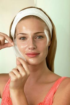 How to cure acne and erase scars: A fashion model recommends: Mix lemon juice and egg white together and put it on your face as a mask. Let it dry and then rinse it off with warm water. REPEAT IT ONCE A WEEK. You skin will become less oily, the breakouts will disappear and acne scars will vanish.