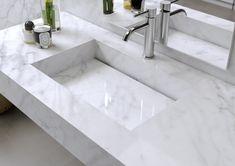 Plan vasque en Marbre Carrara / Sink in authentic Marble Carrara