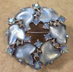 VTG 1958 CROWN TRIFARI-SPRING FROST Blue Leaf W Rhinestone Brooch Pin #Trifari
