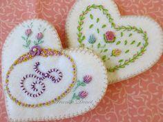 Embroidery-Needle felt heart