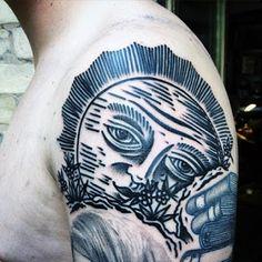 The best koi fish tattoo styles. Face Tattoos For Men, Best Leg Tattoos, Sun Tattoos, Leg Tattoo Men, Tattoos For Guys, Cool Tattoos, Tattoo Sun, Sun Tattoo Designs, Sun Designs