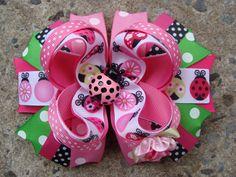 Lady bug hair bow Large hair bow Pink and Green por MyLuckyHairBow
