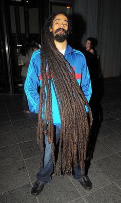 "Damian Marley, son of famed Rastafarian and reggae musician Bob Marley, has the longest dreadlocks we've ever seen. ""Junior Gong"" is shown here in London on Damian Marley, Bob Marley Sons, Marley Family, Dreadlock Hairstyles For Men, Dreadlock Styles, Dreads Styles, Dreadlock Rasta, Dreadlocks Men, Long Dreads"