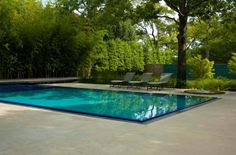 It's truly a privilege to own a swimming pool in one's very own backyard. This simple swimming pool maintenance will help you keep your swimming pool in top condition. Small Swimming Pools, Small Pools, Outdoor Swimming Pool, Swimming Pool Designs, Small Backyards, Backyard Pools, Modern Landscape Design, Modern Landscaping, Yard Landscaping