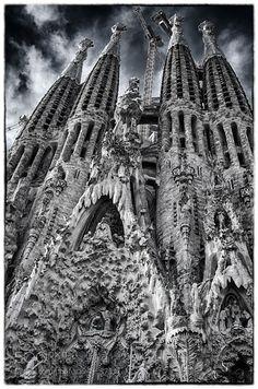 Sagrada in bianco e nero by roccacristina432
