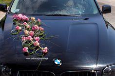 Dekoracja auta z trawami