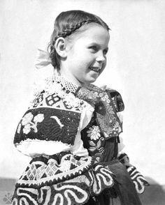 Trnava, Photo: Jarmila Pátková, Archive of the Institute of Ethnology in Bratislava Folk Costume, Costume Dress, Costumes, The Shining, Bratislava, Historical Costume, Vintage Pictures, Folklore, Traditional Outfits