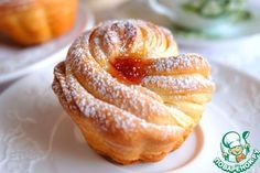 Kraffiny. Он напоминает всем известные десертные круассаны. Краффины имеют хрустящую корочку и нежный мякиш. Этот десерт, без сомнения, понравится и взрослым, и детям. Источник: http://www.povarenok.ru/recipes/show/133586/
