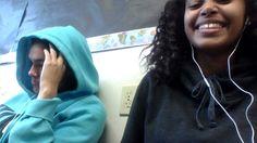 Me gusta salgo con amigas. Mi amigas son Patricia y Marisol. Nos gusta hablamos.