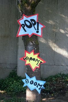 Signs -- On My Side of the Room: Superhero Party - Decorations Superhero Party Decorations, Superhero Birthday Party, First Birthday Parties, Boy Birthday, Party Themes, Party Ideas, Birthday Ideas, Batman Birthday, Asterix Y Obelix