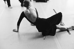Corps de Ballet member Elizabeth Marrable stretches out her hips before getting to work. Photo by Daniel Neuhaus for OTM Magazine.