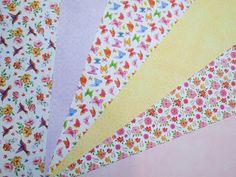 Χαρτί φωτογραφικό 300gr 50x70 #ΠΑΣΧΑΛΙΝΕΣ #ΧΕΙΡΟΤΕΧΝΙΕΣ #ΧΑΛΚΙΔΑ #ΧΑΡΤΙ Floral Tie, Quilts, Blanket, Quilt Sets, Blankets, Log Cabin Quilts, Cover, Comforters, Quilting
