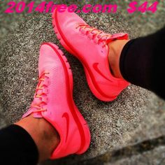 2014 cheap nike shoes for sale info collection off big discount.New nike roshe run,lebron james shoes,authentic jordans and nike foamposites 2014 online. Discount Nike Shoes, Nike Shoes Cheap, Nike Free Shoes, Nike Shoes Outlet, Running Shoes Nike, Cheap Nike, Outfit Work, Outfit Sets, Tennis