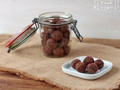 Maroni Walnuss REnergiekugerl zuckerfrei - Freude am Kochen Vegan Kitchen, Energy Balls, Food Styling, Dog Food Recipes, Cereal, Almond, Snacks, Breakfast, Challenge